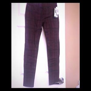 Liverpool new with tags leggings. Maroon.